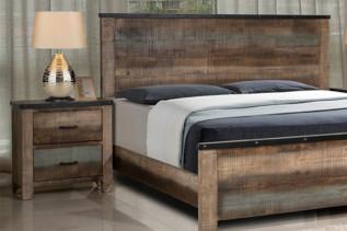 KOLOREDO drevený nočný stolík