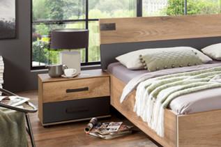 MALLA 697 nočný stolík dub planked