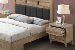 ANDORRA drevený nočný stolík